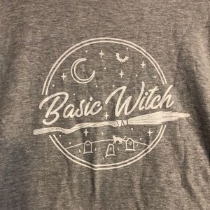 Tops - 🌙 Basic Witch T-shirt